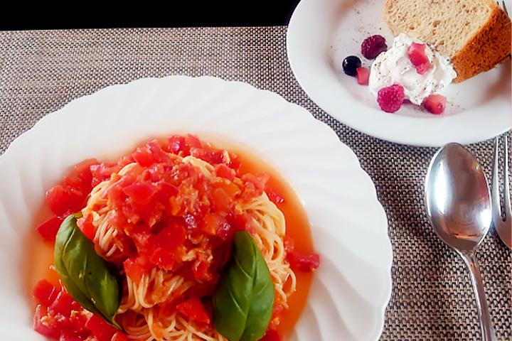 【夏季限定】柿崎産トマトの冷製パスタ(ほうじ茶のシフォンケーキセット)